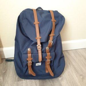 Herschel large navy blue back bag laptop school